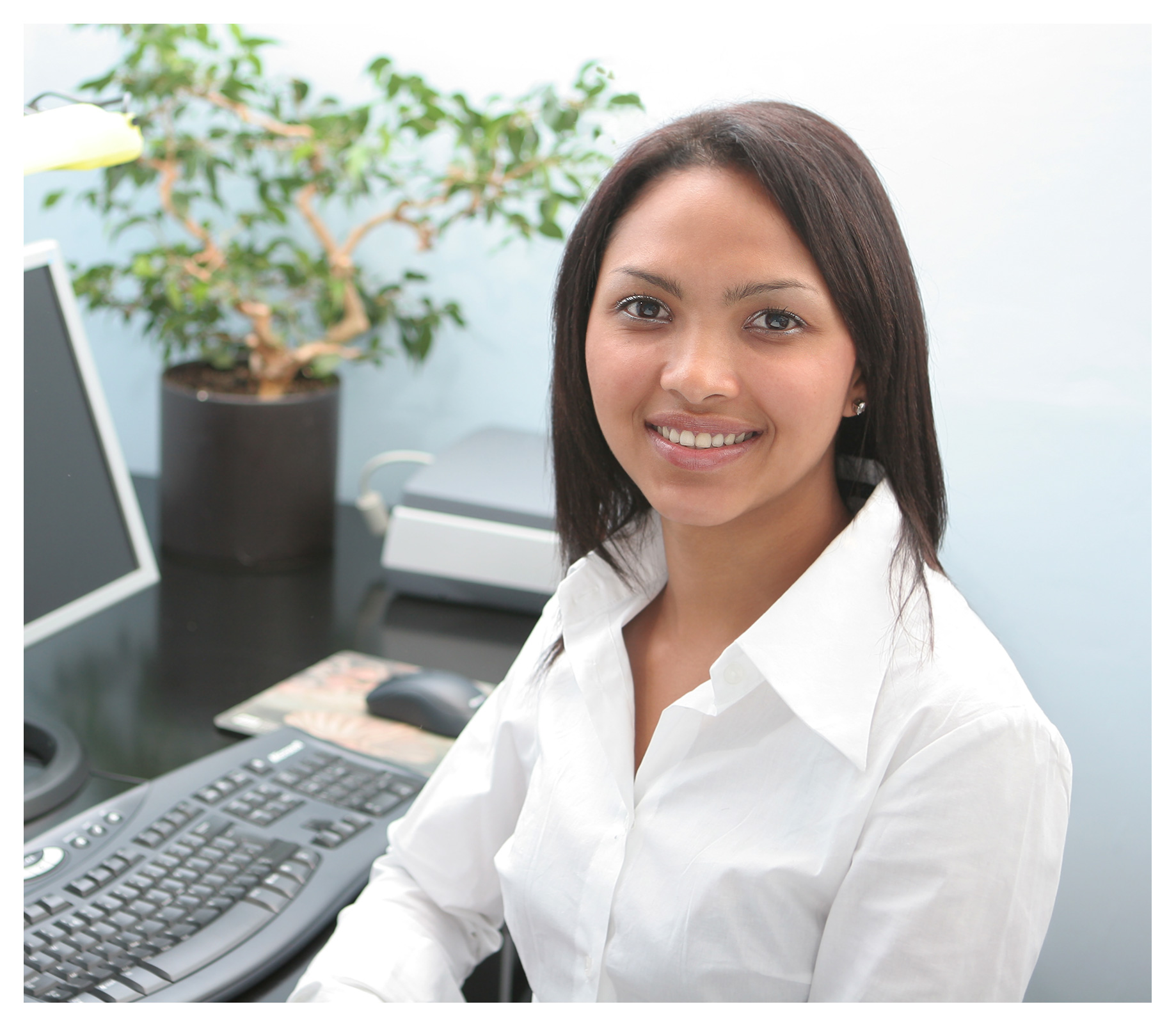 Portrait photography for corporate marketing: Friendly receptionist