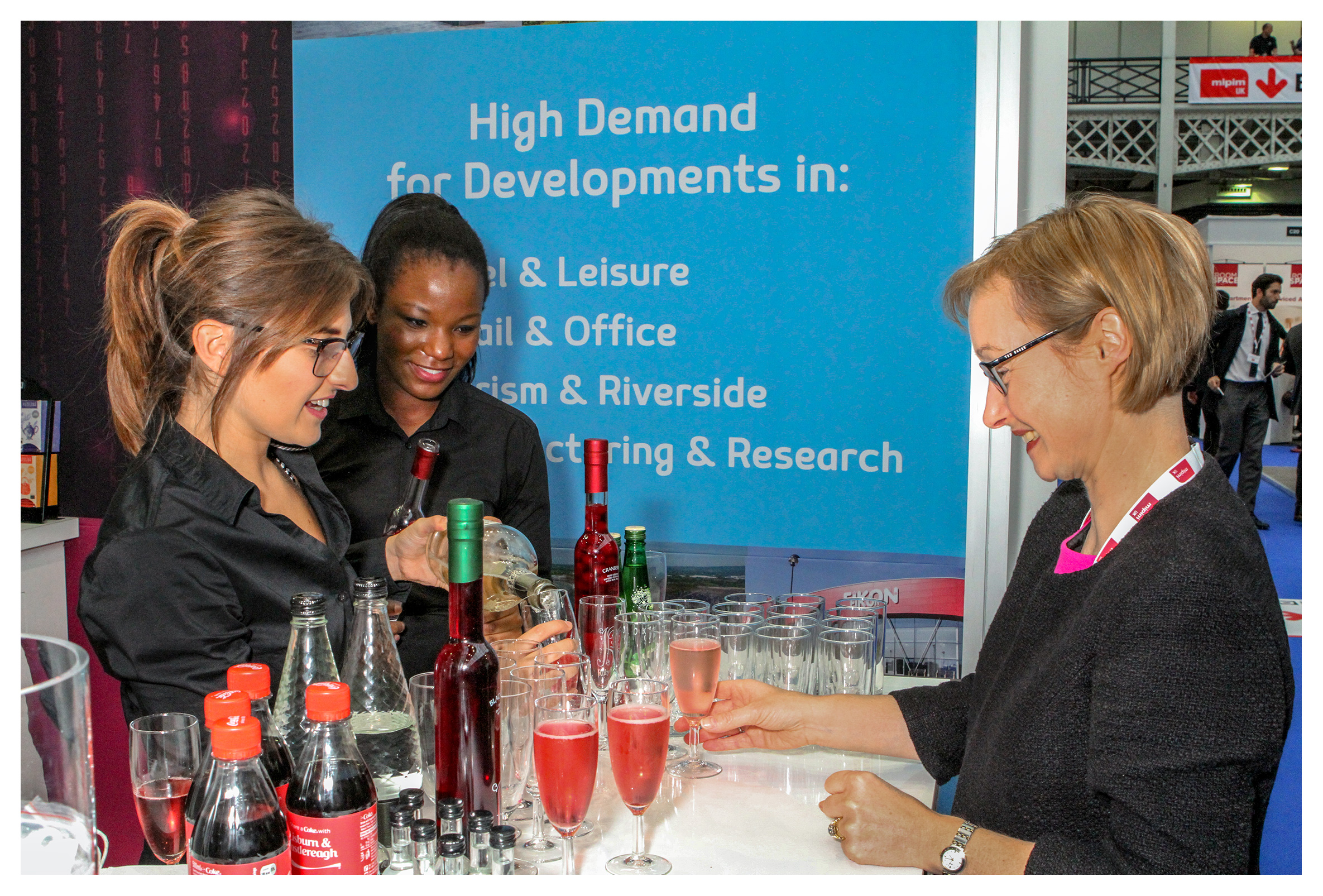 Exhibition photography: Drinks reception at the Northern Ireland stand, MIPIM UK 2016